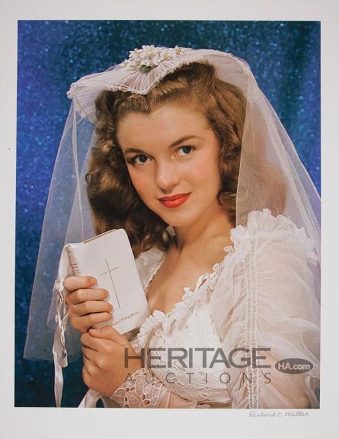 Rare Photos of Marilyn Monroe as Girl-Next-Door Norma Jeane (5)